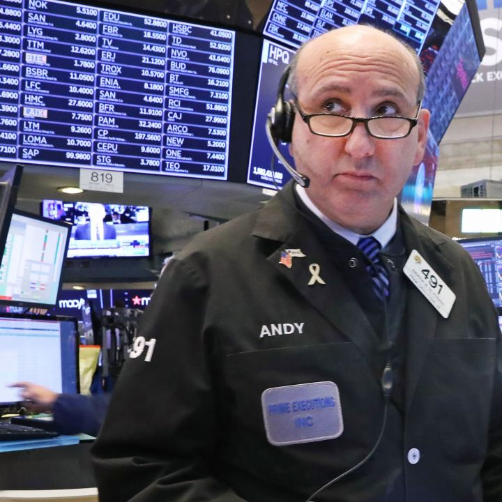 stock-futures-are-flat-as-investors-await-more-earnings-results-scaled.jpg