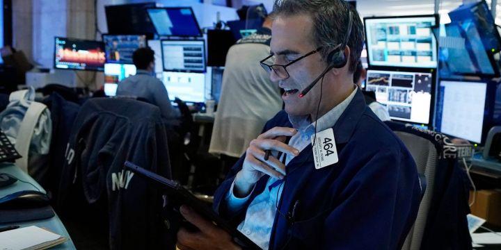 stock-futures-creep-higher-oil-gains.jpg