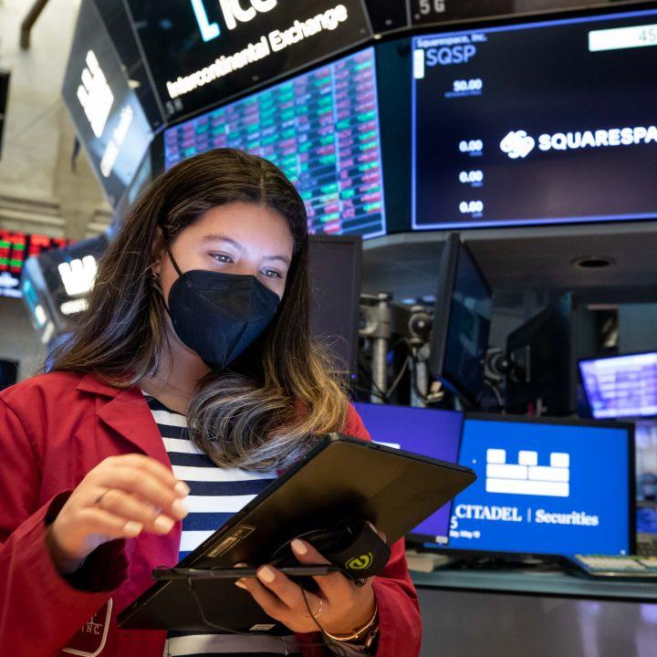 stock-futures-fall-slightly-ahead-of-jobs-data-scaled.jpg