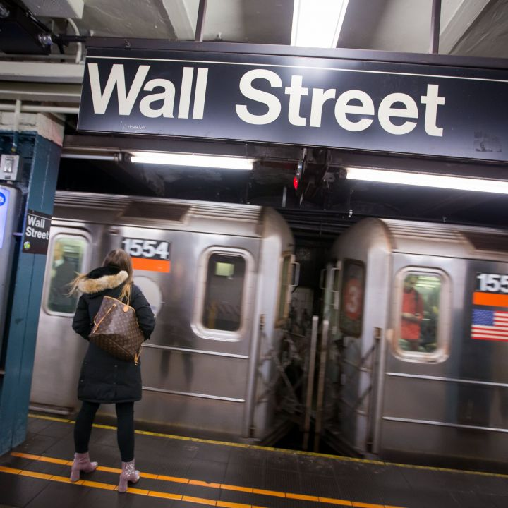 stock-futures-hold-steady-as-investors-eye-pipeline-cyberattack-scaled.jpg