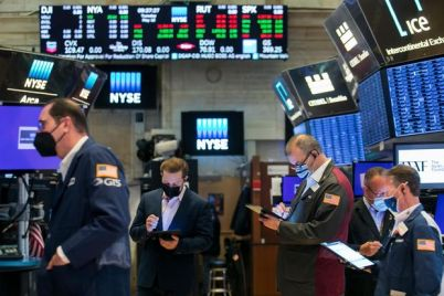 stock-futures-slip-with-tech-leading-losses.jpg