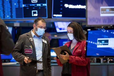 stocks-close-near-records-after-jobs-report.jpg