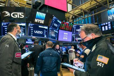 stocks-slip-after-monday-records.jpg