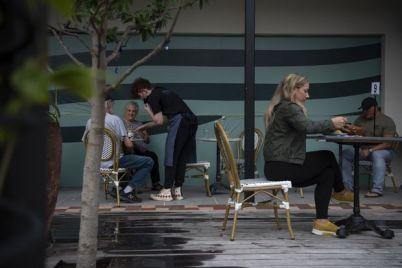 summer-job-market-for-teens-is-sweet.jpg