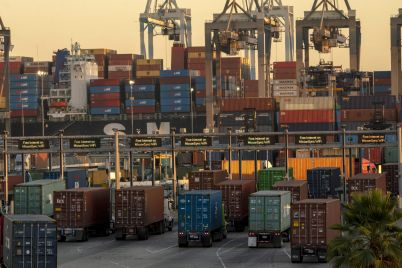 supply-chain-chaos-is-already-hitting-global-growth-and-its-about-to-get-worse-scaled.jpg
