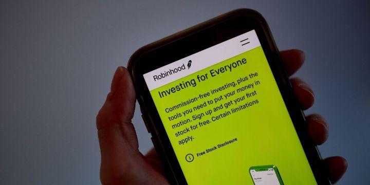 trading-frenzy-boosts-robinhoods-biggest-business.jpg