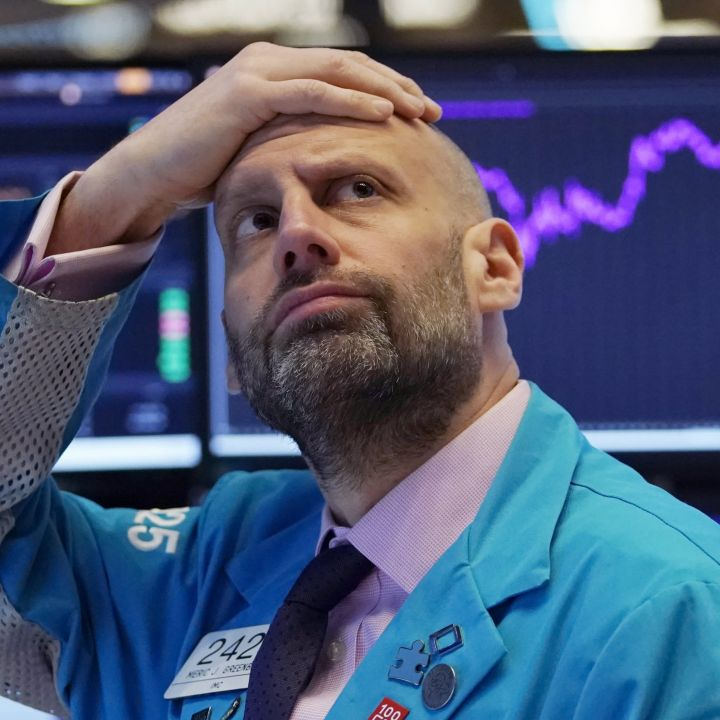 u-s-stock-futures-mostly-flat-after-nasdaq-tumbles-in-rate-induced-sell-off-scaled.jpg