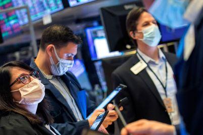 u-s-stocks-rally-as-bond-markets-calm.jpg