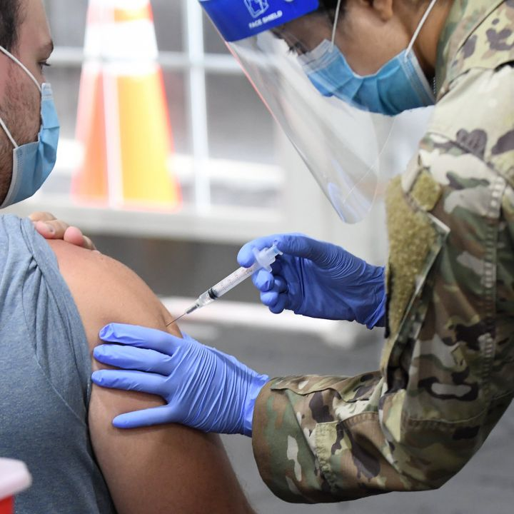 u-s-vaccination-pace-slows-as-average-daily-cases-drop-below-60000-scaled.jpg