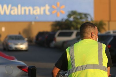 walmart-to-reinstate-mask-mandate-for-store-workers-in-counties-at-high-covid-risk.jpg
